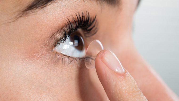 Como ponerse lentes de contacto y como sacarlos
